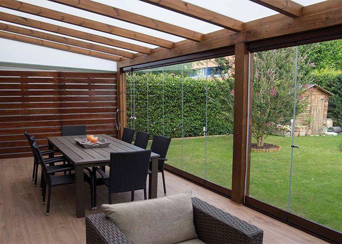 Verande in legno veranda in abete lamellare veranda con for Casa con veranda
